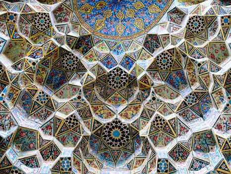 مقرنس در معماری ایرانی